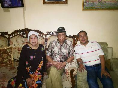 Ketua Lembaga Adat Barru. Drs. H. Andi Hasanudin Petta Tawang bin Andi Djonjo Karaeng Lembaparang Arung Barru. 2016. Sumber foto: Irvan Rivai, FB