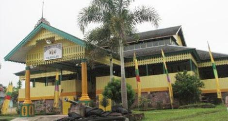 Istana Suryanegara Sanggau
