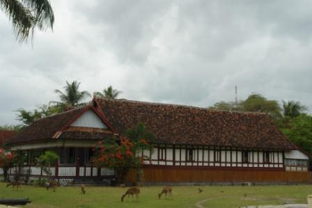Istana Asi Bou, kerajaan Bima