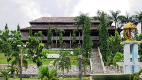 Istana Kuning, Pangkalanbun
