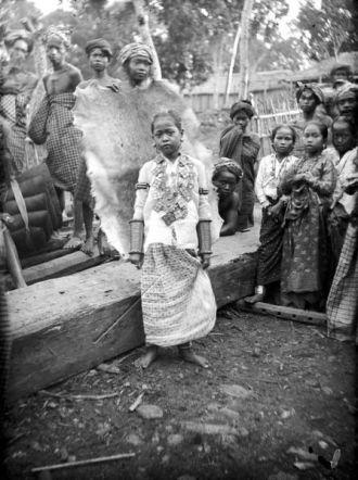 Puteri Datu Marioriawa di Soppeng Sumber foto: Coll. Tropenmuseum Netherlands