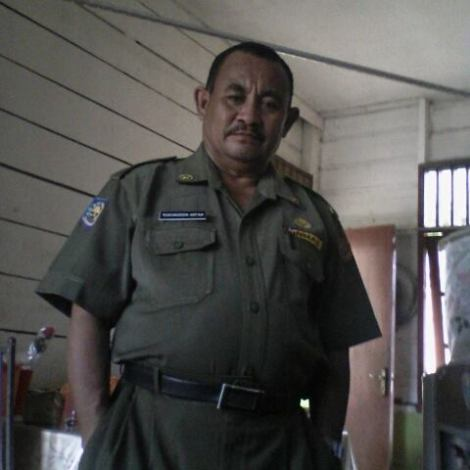 Rukunuddin Arfan,ldest grandson(son oldest son)of last king of Salawati/Papua