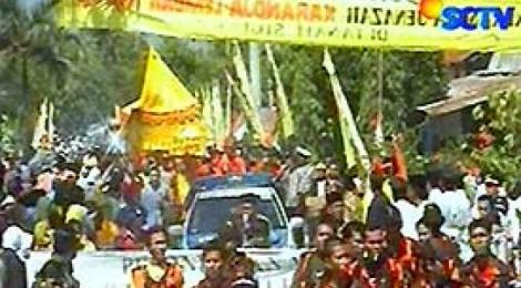 Kerangka Raja Sigi Dipindahkan dec. 2006. Source: http://news.liputan6.com/read/133567/kerangka-raja-sigi-dipindahkan