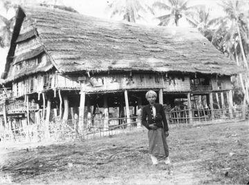 Rumah Sulewatang di Tjita