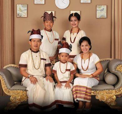 Puang (raja) Sangalla sama keluarga. Tanah Toraja.