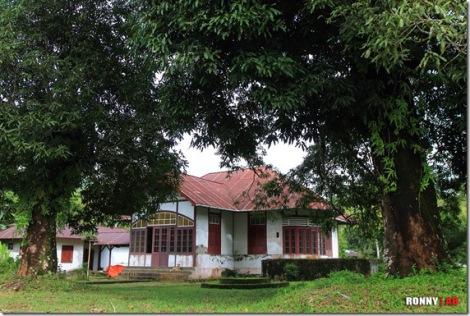 Manganitu, rumah raja Mocodompis.