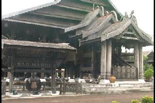 Rumah Adat Sao Mario bekas kerajaan mario riawa soppeng