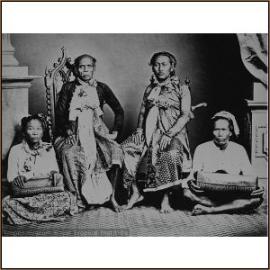 Raja Lombok AA. Gde Ngurah Karangasem beserta putera mahkota AA. Ktut Karangasem 1860
