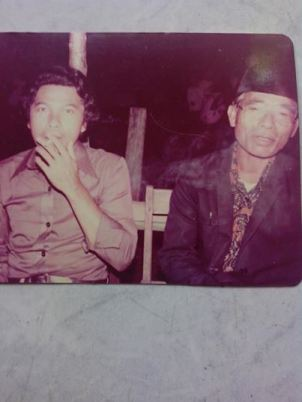 Kerajaan Bintauna. On the right Raja Abo' Raisi Muhammad Datunsolang of Bintauna in the 1980-ies.