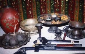 Moutong, Sulawesi - Peninggalan Raja Tombolotut. Sumber: https://pariwisataparimo.wordpress.com/potensi-pariwisata/cagar-budaya/rumah-raja-kuti-tombolotutu/