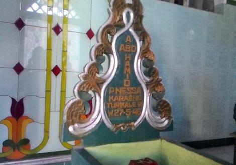 - A. Abd. Hamid Dg. Manessa KaraEng Turikale VI. Sumber: Muhammad Riza Makam, FB