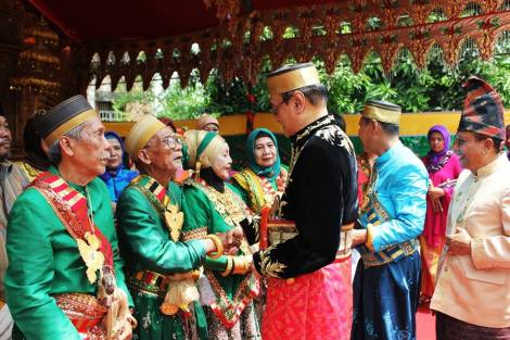 Waktu pelantikan Addatuang Sidenreng di Sidenreng Sulsel. 2014