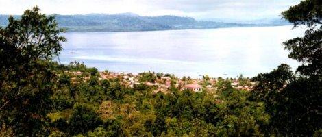 Negeri Ihamahu dari atas gunung Ulupalu,