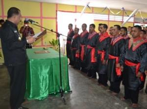 Pelantikan Saniri negeri Tawiri, april 2013 http://www.ambon.go.id/wali-kota-lantik-saniri-lengkap-negeri-tawiri/