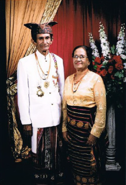 Raja Kupang: Usif Drs. Leopold Nicolaas Isu Nisnoni of Kupang