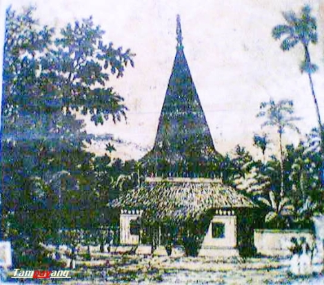 Mesjid Agung An-nur Negeri Hatukau (Batumerah) tahun 1875
