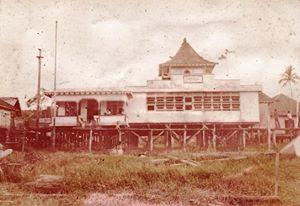Bunut, Kalimantan - Masjid Baiturrahman di Nanga Bunut Peninggalan Kerajaan Bunut.