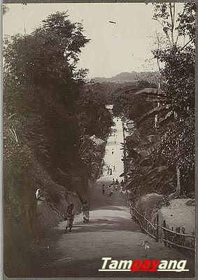 - Jalan Utama Negeri Naku tahun 1920