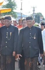 Sesepuh Panjalu: kiri-kanan; HR Atong Tjakradinata, HRM Tisna Argadipraja