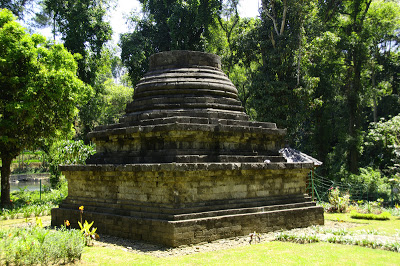 Candi Sumberawan, Singosari, Malang, Jawa Timur.