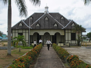 Istana Kesultanan Gunung Tabur
