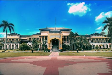 Istana Maimun. Deli.