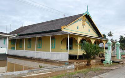 Istana Sadurangas, Paser