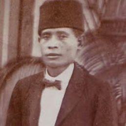 Raja Syamsuddin Kelilauw of Ondor-E Ceram area;father of present raja.- geerdink, tick