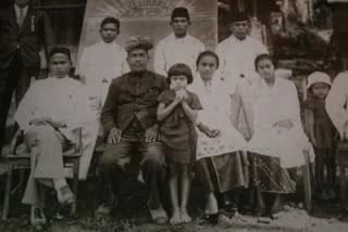 sontang-raja-sontang-x-jaman-1908-1939-bersama-keluarga