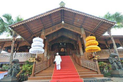 Istana Singgah Kedatun Keagungan Lampung