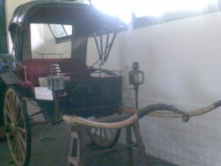 Kereta Kapulitin. Yogyakarta.
