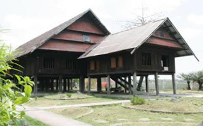Istana Kerajaan Balusu: Saoraja La Pinceng