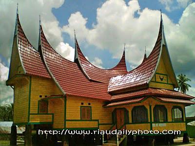 Istana Kerajaan Rajo Koto Rajo.