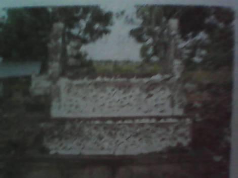 Salah satu kuburan raja Kerajaan Tolo di Nong Kelurahan Tolo Selatan
