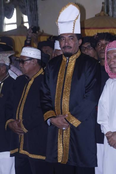 Sultan Husain Alting Syah. Tidore.