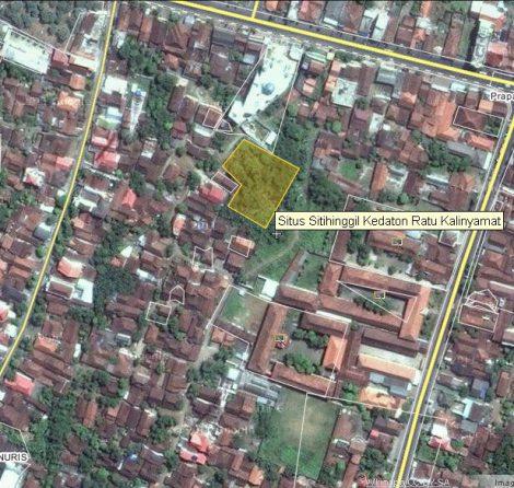 Letak Keraton Kalinyamat. Benteng Kalinyamat terdapat di daerah Kecamatan Kalinyamatan tepatnya berada di Desa Robayan, Desa Bakalan, Desa Kriyan, Desa Margoyoso.