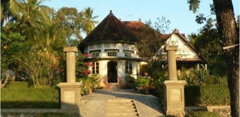 Ndao, Rote - pulau Rote. Rumah raja rote ndao