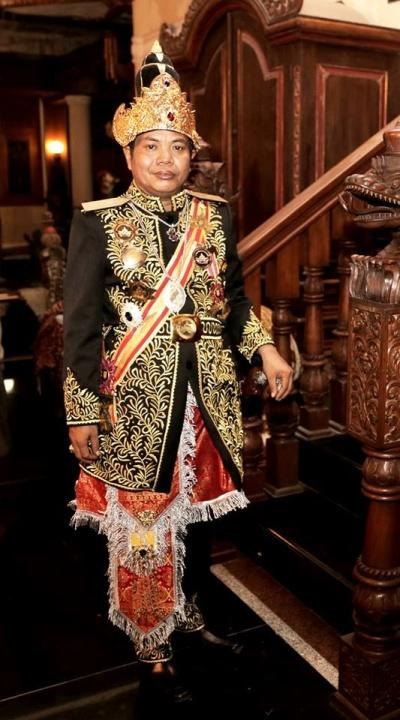Kutai Mulawarman, Kalimantan – Maharaja: Dr H.C. Maharaja Srinala Praditha Alpiansyah Fachlevie Wangsawarman Yang Dipertuan Agung Kerajaan Kutai Mulawarman. 2015