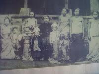 perean - I Gusti Agung Alit ( Saren Kangin) & Keluarga