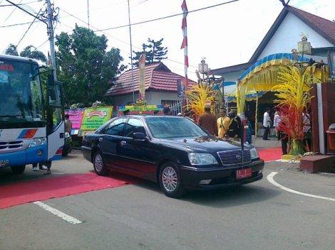 Kesultanan Banjar. 12 Desember 2010 penobatan sultan Banjar, Ir H Gusti Khairul Saleh MSi sebagai Sultan Banjar ke IX.jp 6g.jpg 7
