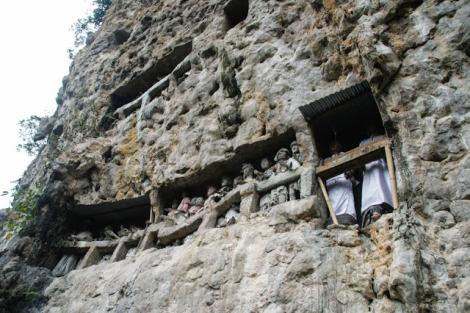Kubur Batu Suaya, Makam Raja-raja Sangalla'