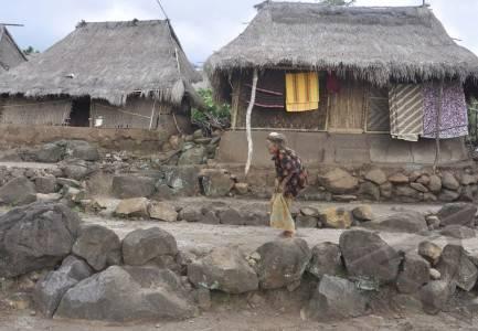 rumah adat Dusun Limbungan, Desa Perigi, Lombok Timur