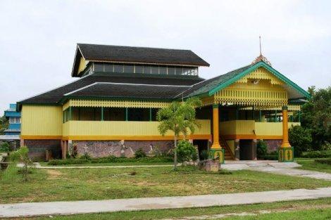 Keraton Sanggau