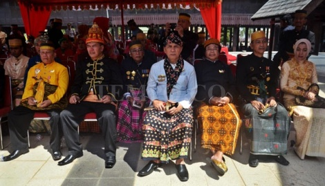 Penobatan Raja Gowa ke-37, 29 mei 2016. Sejumlah Raja-raja Senusantara saat menghadiri pelantikan Raja Gowa ke 37 di Museum Ballalompoa, Sulawesi Selatan, 2 September 2014. TEMPO-Iqbal Lubis