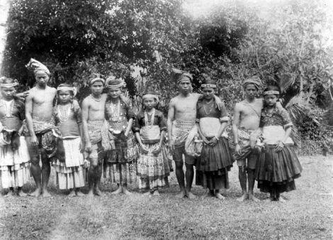 Donggala, Kulawi - COLLECTIE TROPENMUSEUM De 'Marego' dans te Kulawi Donggala