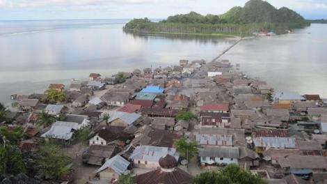 Pulau Buano