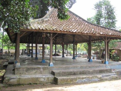 Pendopo dan komplek makam