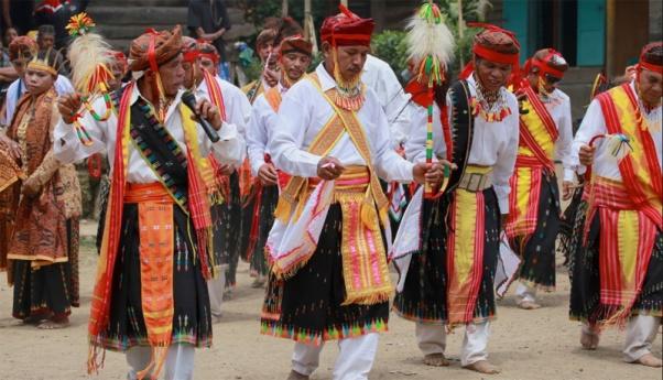 Image result for suku manggarai