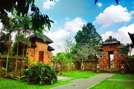Puri Anom Tabanan Bali